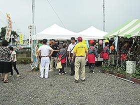 先月21日、地元団体が主体となって開催した「世界遺産登録1周年記念フェスタ」=伊勢崎市境島村